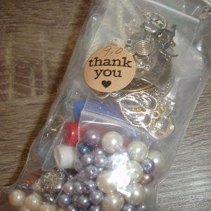 🎶4/$20 Mixed jewelry making supply destash bag